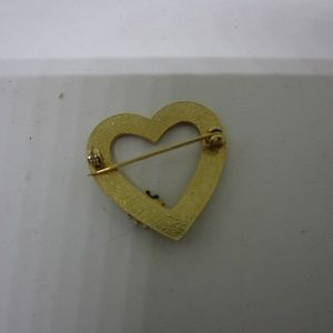 Jewelry - Gold Color Heart with Lady Bug Brooch